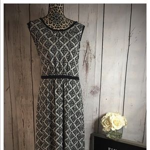 Lands End Black Geometric Maxi 18